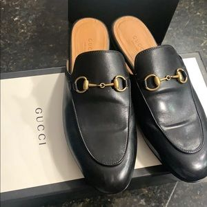 Black gucci loafer woman